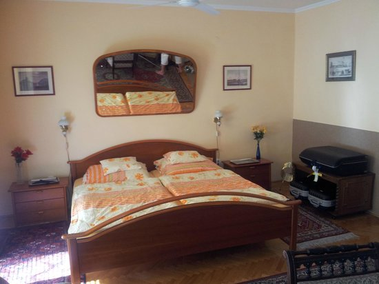 Budavar Bed & Breakfast: La chambre N°4 premier étage