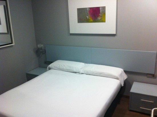 Hotel Apartamentos Arrizul: Dormitorio