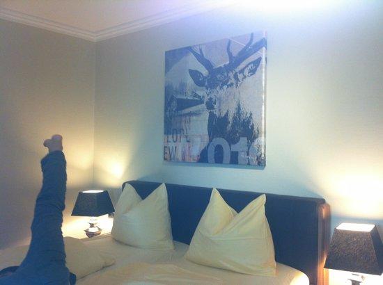 Hotel Bayerischer Hof: A twin room