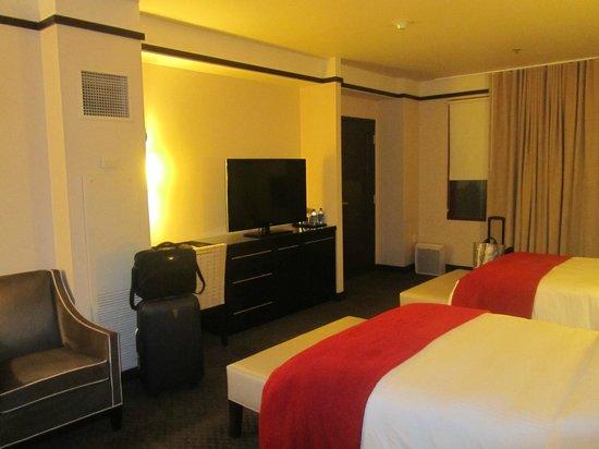 Colcord Hotel: Habitación acogedora.