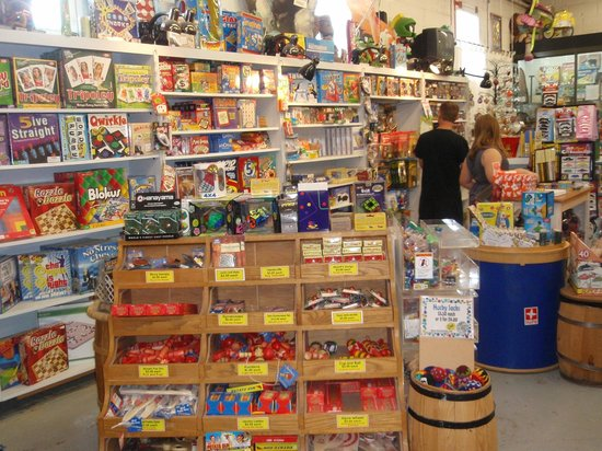 Moon Marble Company: Amazing toys & games