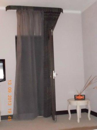 Helen Hotel Bacau: Room