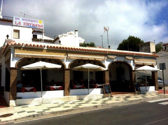 Bar restaurante La Entrada Maro: Bar Restaurante La Entrada Mar - exterior