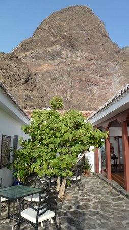 Parador de El Hierro: Innenhof für das Frühstück