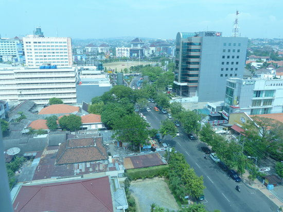 Ibis Semarang Simpang Lima : View from the Room
