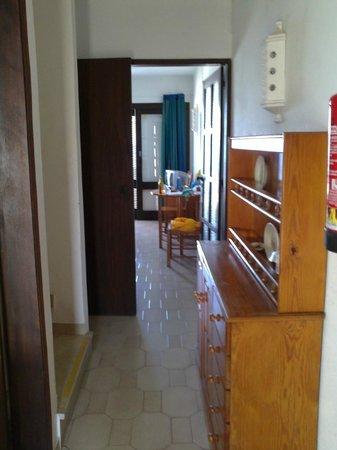 Rainha D Leonor Apartamentos: hall