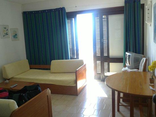 Rainha D Leonor Apartamentos : living room2