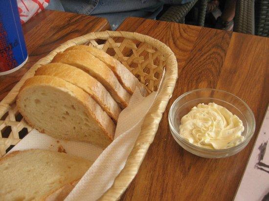 Corleone Restorante Pizzeria Andel : pane e formaggio