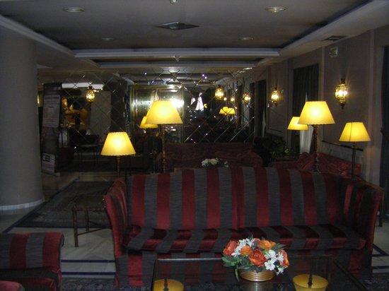 Hotel Macia Alfaros: Lobby