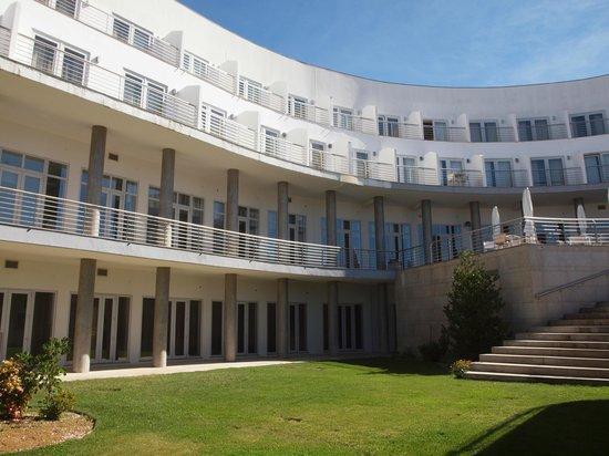 Hotel Turismo de Trancoso: View from garden