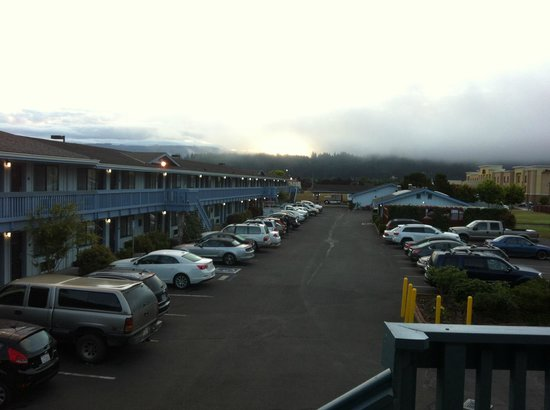 Best Western Arcata Inn: morning fog
