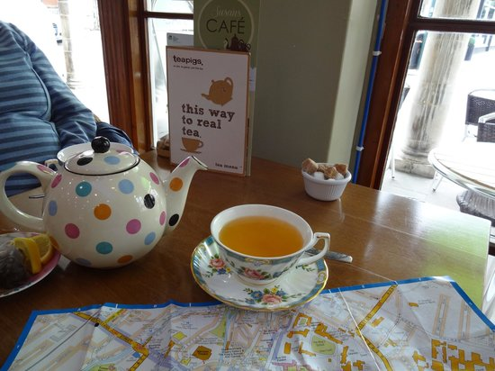 Susan's Cafe: A lovely cup of tea