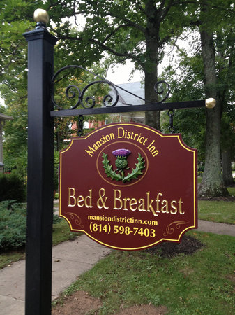 Mansion District Inn Bed & Breakfast: Welcome to MDI  !!