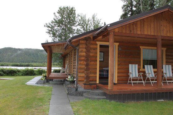 Riverview Bed and Breakfast : Log cabins