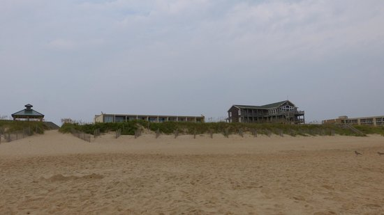 Shutters On the Banks : Left: Gazebo with hotel beach access (Hotel behind it); Center: 3rd floor with beach view; build
