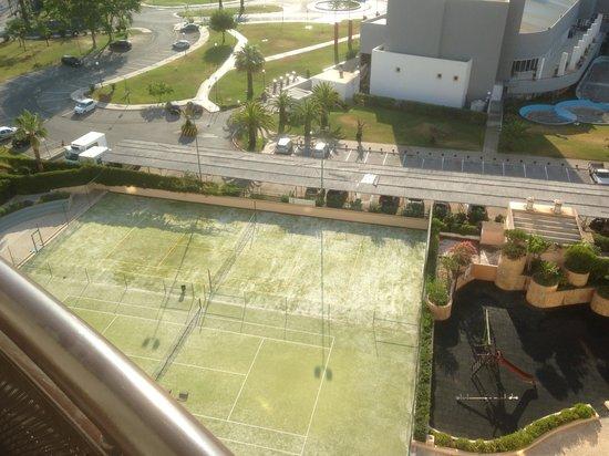 Vila Galé Ampalius: Tennis courts