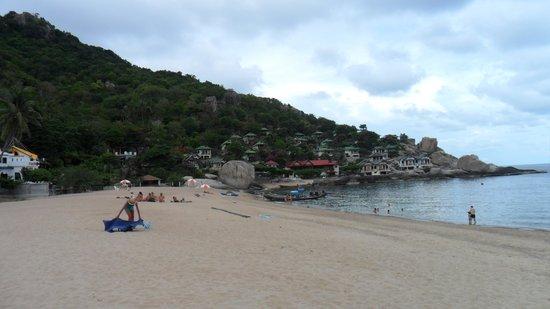 Ao Tanot Bay : The Beach