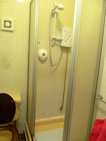 The Epperstone : Shower