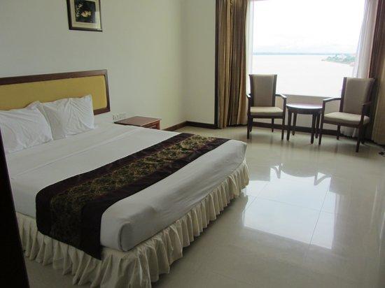 Champasak Grand Hotel: Room