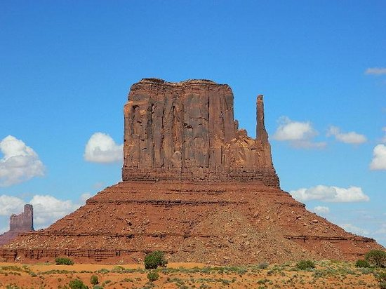 Majestic Monument Valley Touring Co.: Left Mitten