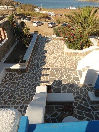 Maganos Apartments: l'entrée de l'hôtel