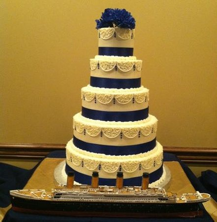 wedding cakes in pigeon forge tn 4 6 8 10 12 picture of cakes by bakin bishop 24733