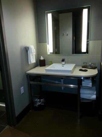 CityFlatsHotel : Sink