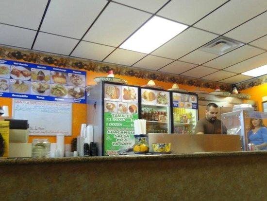 La Botana Mexican Restaurant: Interior