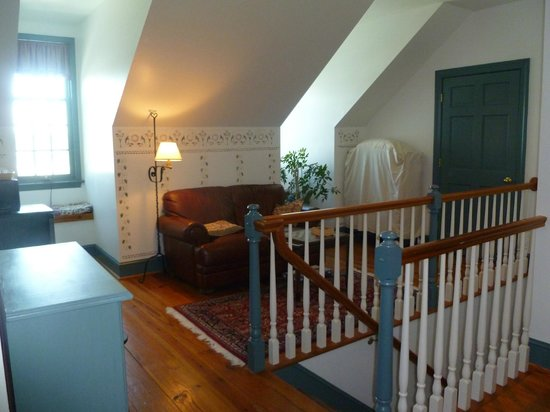 The Inn at Osprey Point: Third floor common area with fridge
