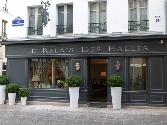 Le Relais des Halles: Hotel frontage