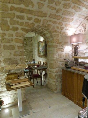 Le Relais des Halles: Breakfast room