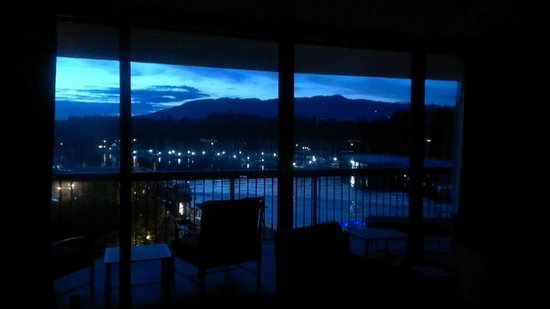 The Westin Bayshore, Vancouver: After Sunset