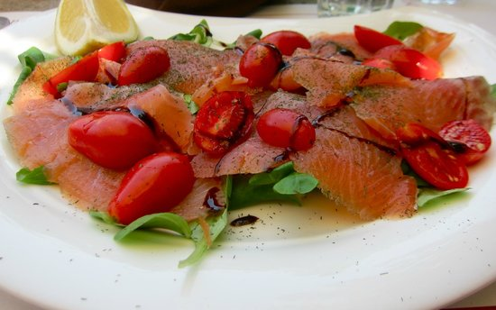 Terrazza al Ponte: Smoked trout salad