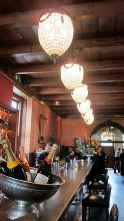 Kitima at The Kronendal: The bar