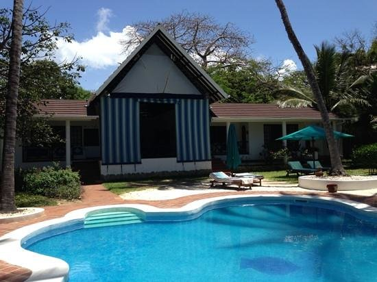 Diani Blue : piscine