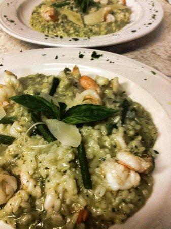 Luigi's Restaurant : Risotto sautéed with shrimp and pesto...yum!