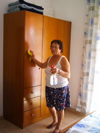 Joanna Hotel Apartments: Wardrobes