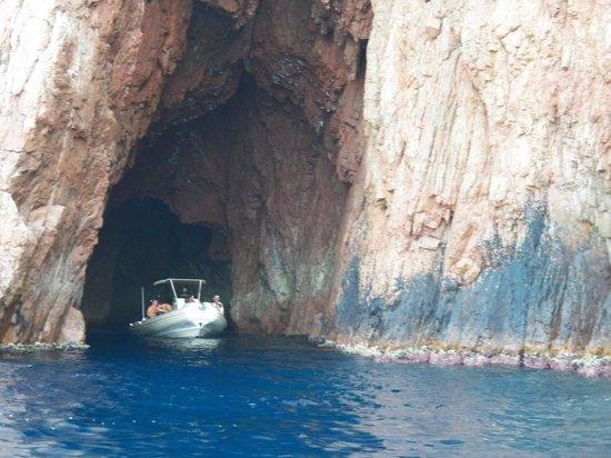 Golfo di Porto, Girolata e Riserva di Scandola: Petite grotte !!!!