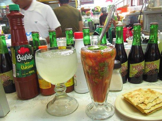 Tijuana, México: coctel de camarones y pulpo