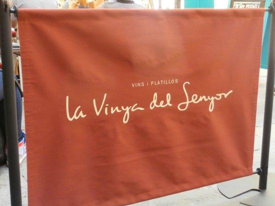 La Vinya del Senyor : Outside