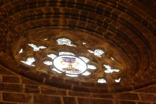Chapel of the Holy Grail: il rosone