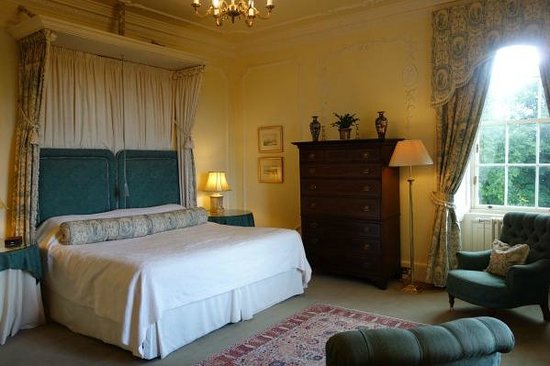 Glenapp Castle: Countess Inchcape room.