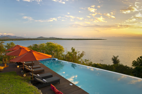 Lake Malawi National Park, Malawi : Pool side