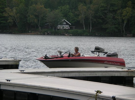Motel Long Lake and Cottages: boat dock
