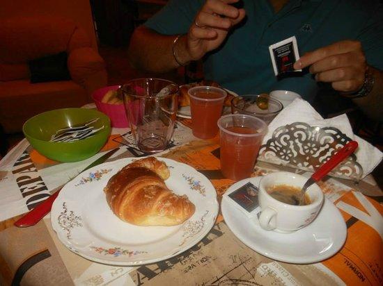 B&B Addauru: la colazione...i cornetti deliziosi