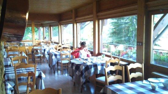 Hotel Le Dahu : PETIT DEJEUNER