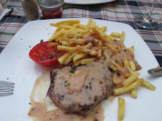 Hotel Neuer am See: Steak and Chips