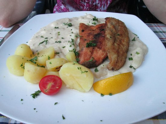 Hotel Neuer am See: Salmon and White Fish