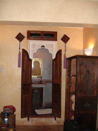 Riad Dar Mimouna Hotel: Notre SDB