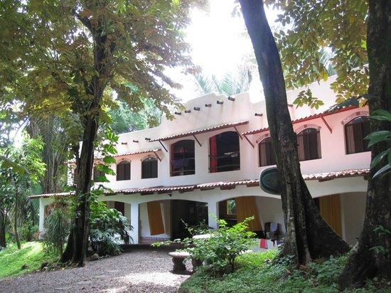 Cuesta Arriba Hotel: vista del hotel y hostal